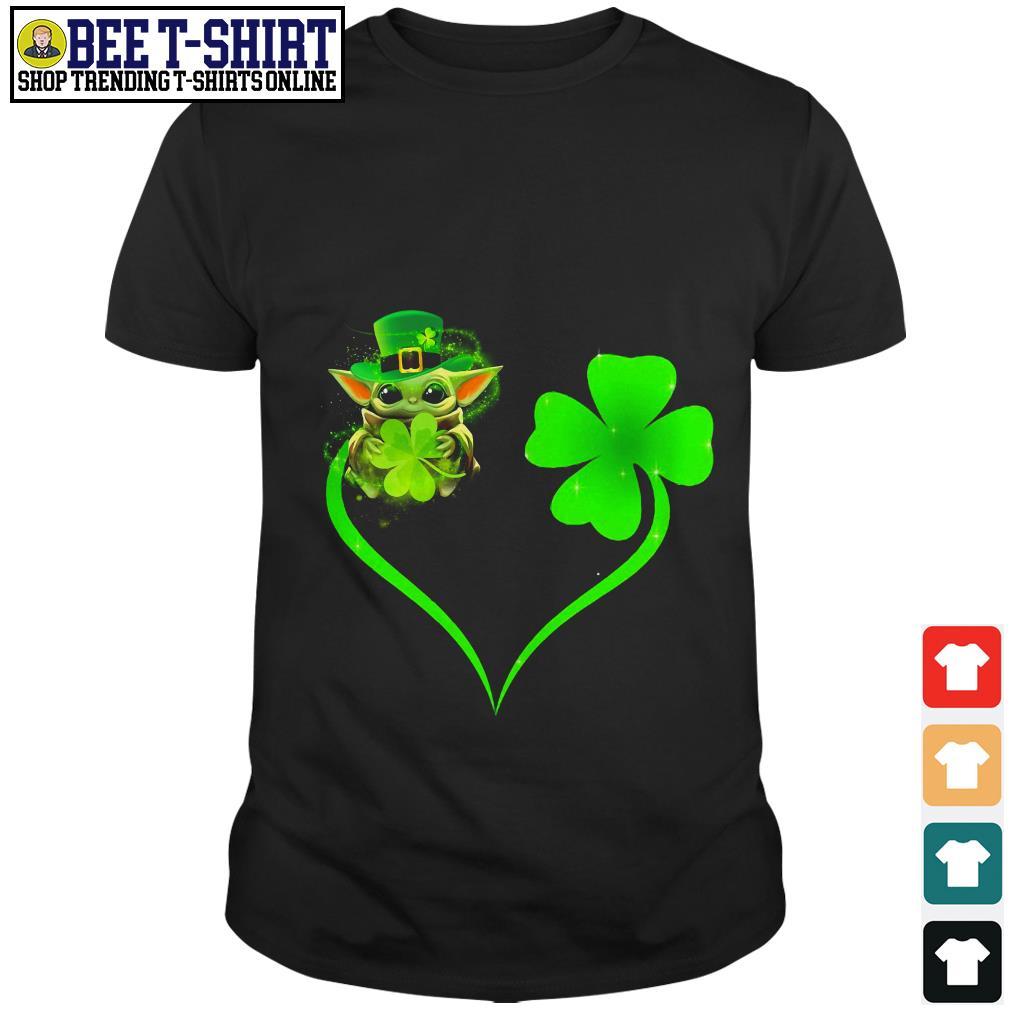 Nice love Baby Yoda and Shamrock St' Patrick's Day shirt