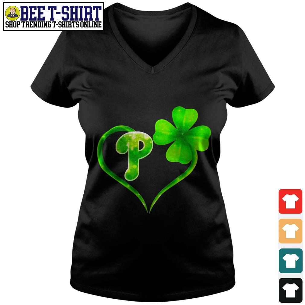 St' Patrick's Day four leaf clover and P V-neck T-shirt